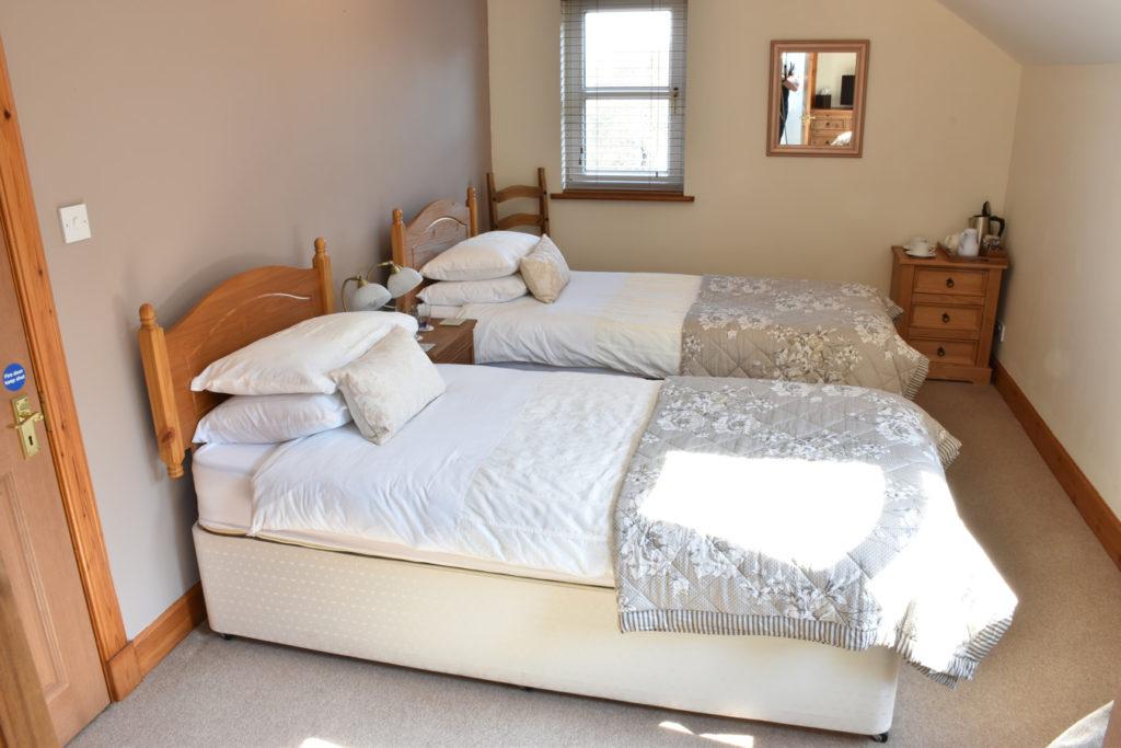 Killoran House Room Fladda 02