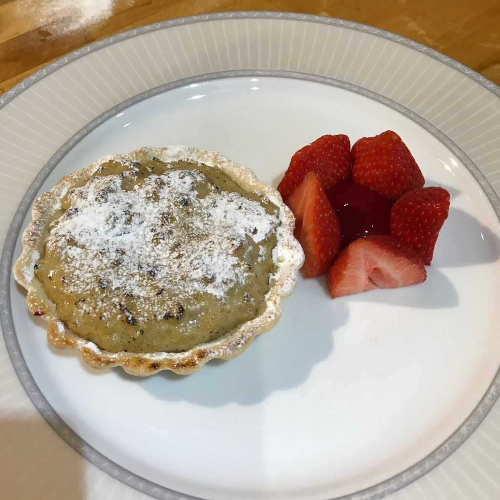20190430 - Rice Pudding Tart with Raspberry Sauce