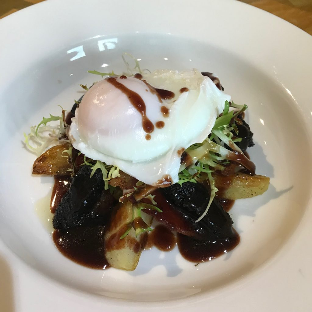 20190516 - Poached Egg, Bacon & Black Pudding Salad