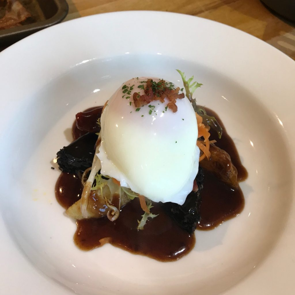 20190627 - Egg, Bacon & Black Pudding Salad with Red Wine Sauce