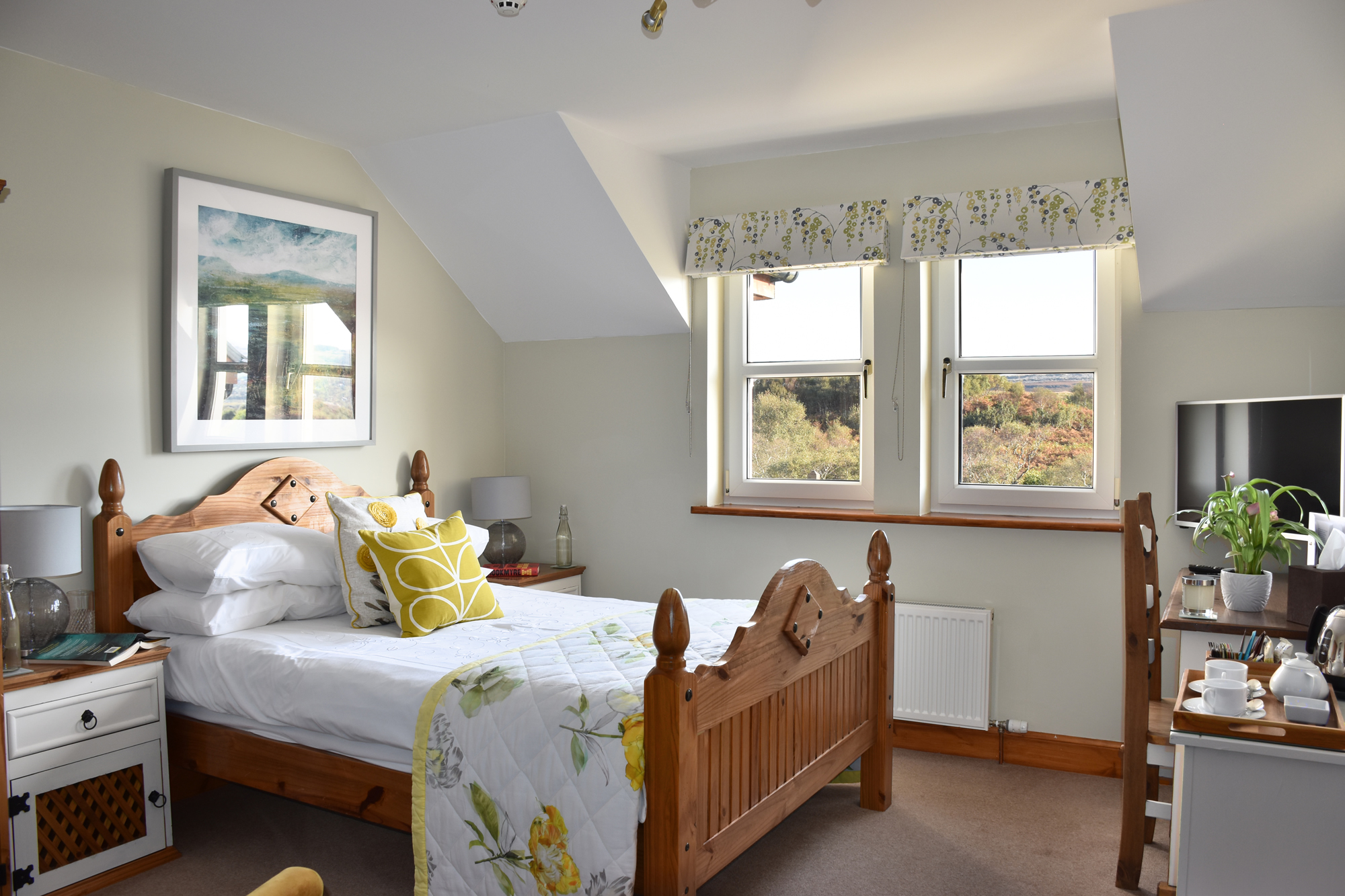 Killoran House Guest Room – Iona