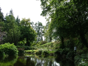 Gardens (2009)